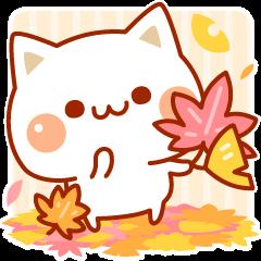 【LINEスタンプ】秋も気づかいのできるネコ♪